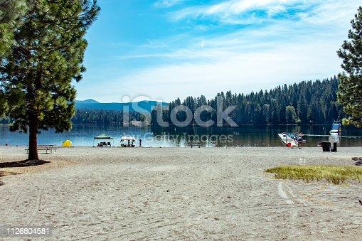View of the beach at Lake Siskiyou in Shasta California