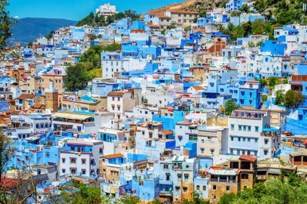 Blick auf die blaue Stadt Chefchaouen in Marokko – Foto