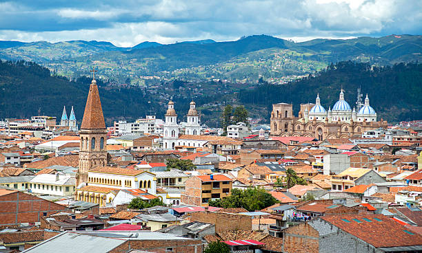 view of the city of cuenca - 에콰도르 뉴스 사진 이미지