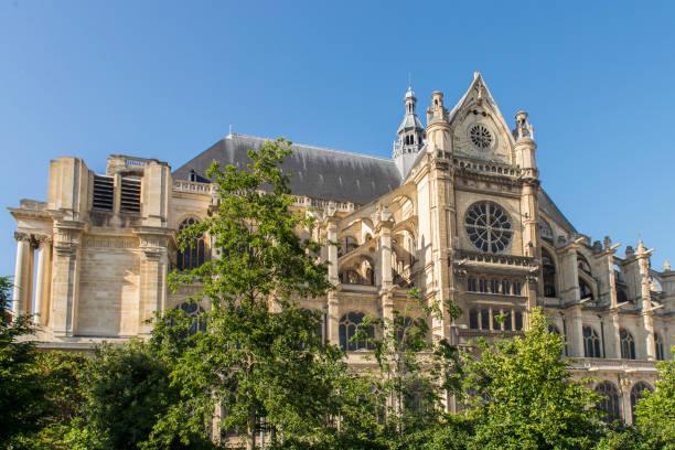 view of the église saint-eustache (church of st eustache) at paris city, france. - saint eustache church foto e immagini stock