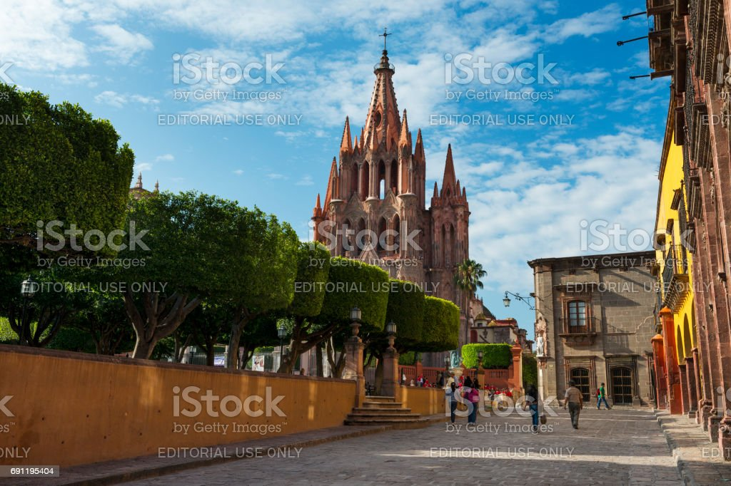 View of the main square and of the San Miguel Church in the historic center of the city of San Miguel de Allende, Mexico. stock photo