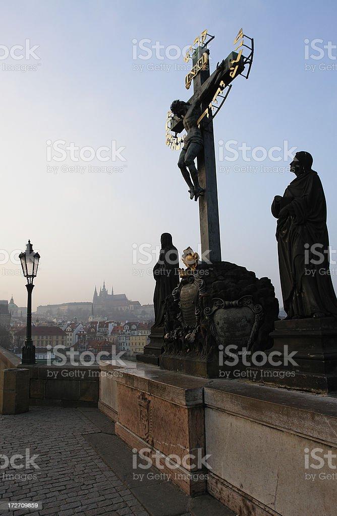 Blick auf die Prager Burg und der Charles Brücke Lizenzfreies stock-foto
