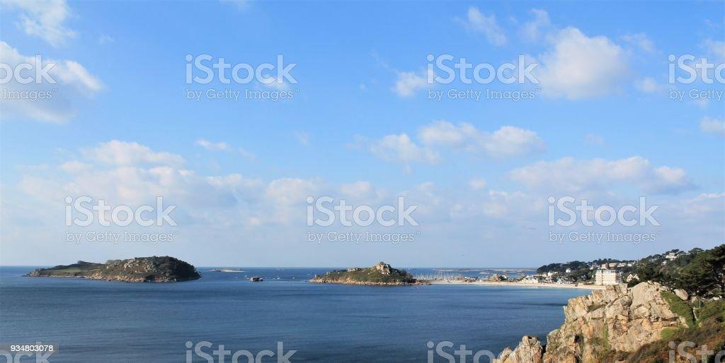 핑크 화강암 해안, 코트 부 아머, 브리트니에 Trebeurden의 보기 프랑스 - 로열티 프리 0명 스톡 사진