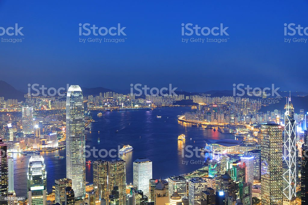 View of Victoria Harbour in Hong Kong from the Peak Lizenzfreies stock-foto