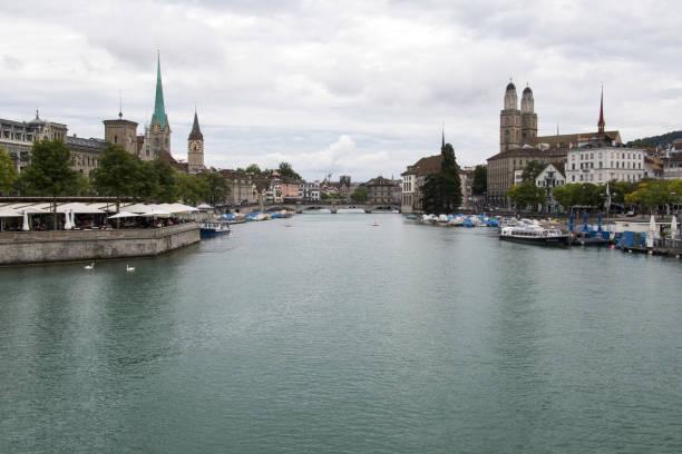 view of zürich from quaibrücke - zurigo foto e immagini stock