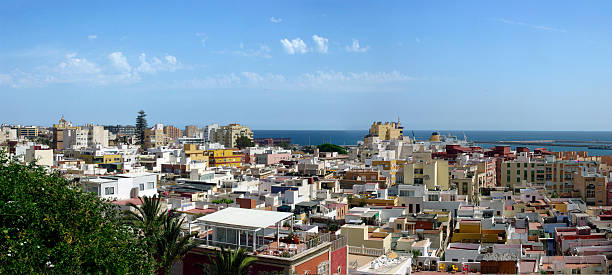 View on Almeria and the port.​​​ foto