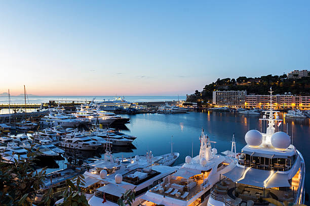 Blick auf den Hafen von Monte Carlo in Monaco in den Tag – Foto