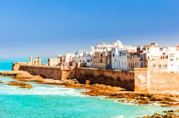 visa på gamla staden essaouira i marocko - marocko bildbanksfoton och bilder