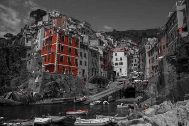 Blick auf Riomaggiore, Cinque Terre Nationalpark, Italia, Ligurien Selektivfarben – Foto