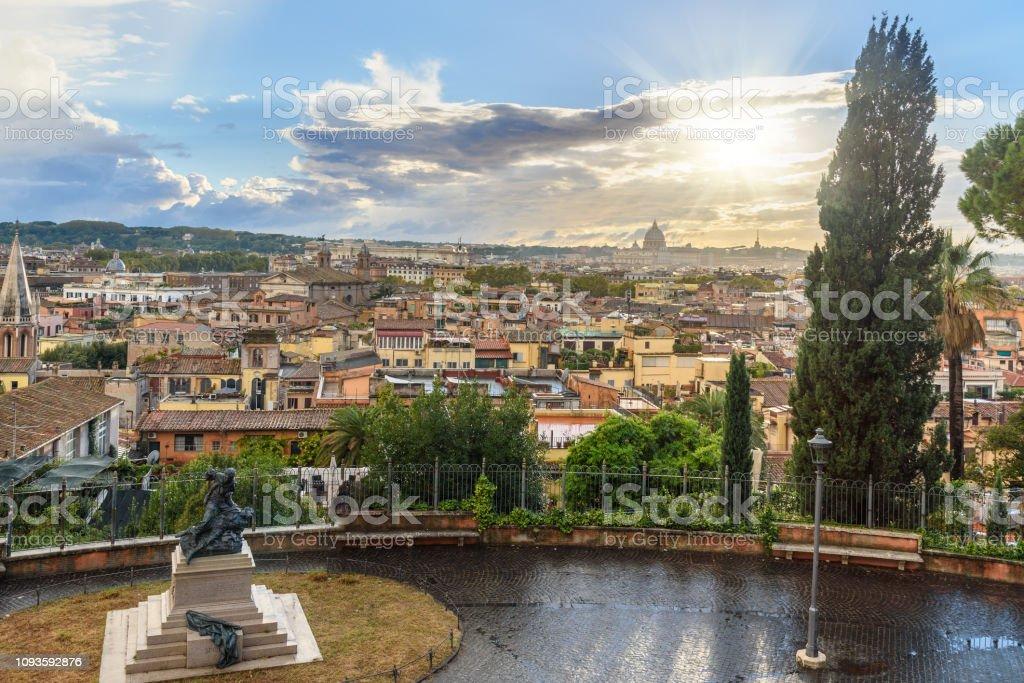 Opinión Sobre Roma Desde Terrazza Viale Del Belvedere Italia