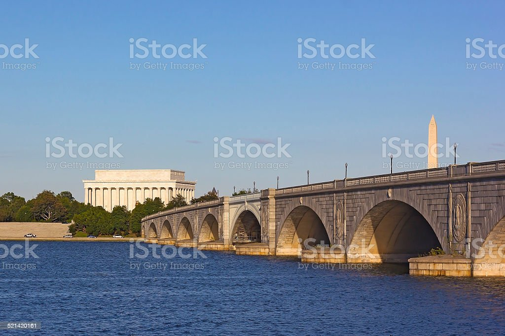 View on the Memorial Bridge and Lincoln Memorial stock photo