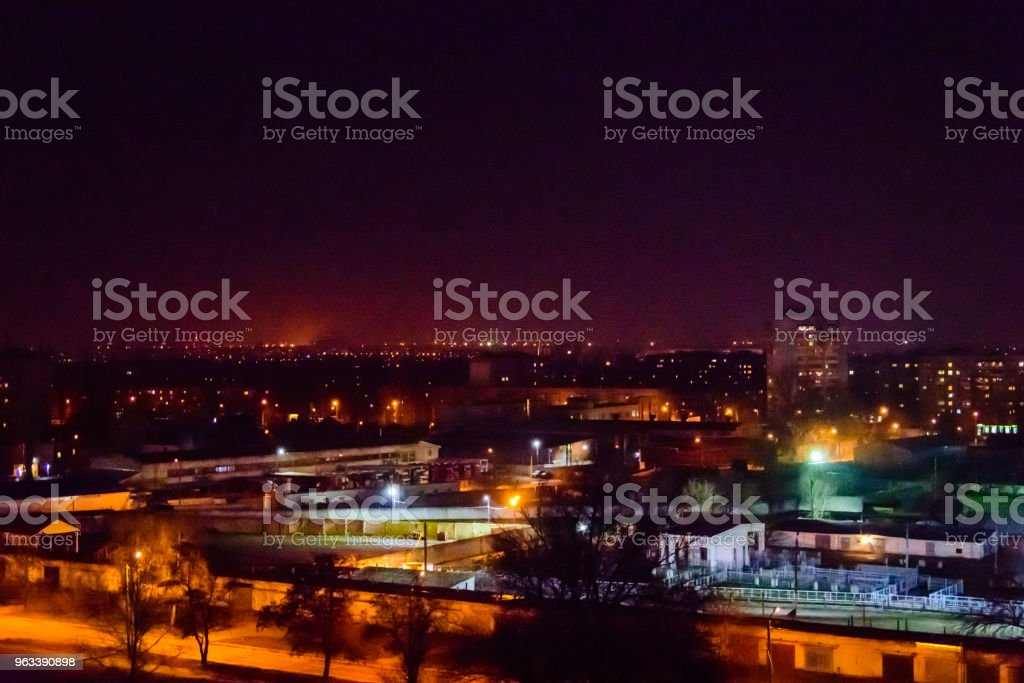 View on the midnight city Kremenchug, Ukraine - Zbiór zdjęć royalty-free (Architektura)