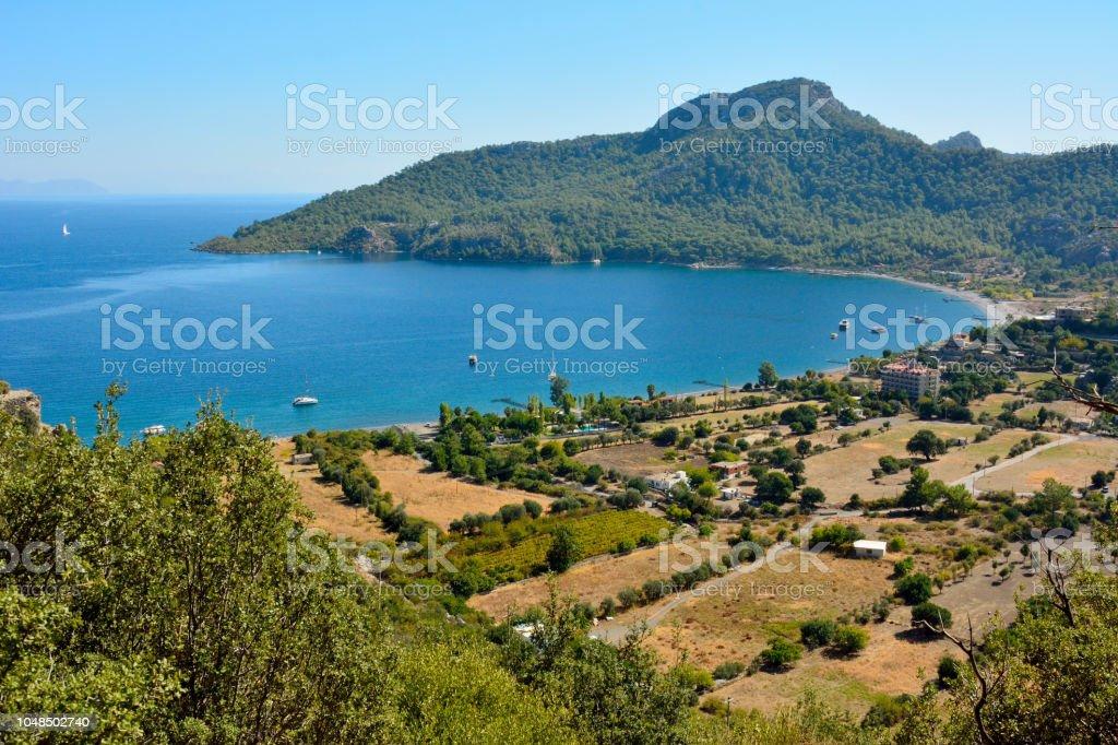 Kumlubük Köyü ve Bozburun Yarımadası'nın Türkiye'de bay üzerinden görünüm. stok fotoğrafı