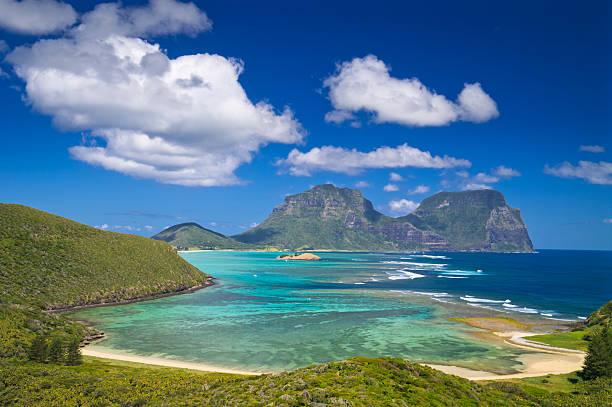 vista de lord howe island lagoon para monte gower, austrália - laguna - fotografias e filmes do acervo