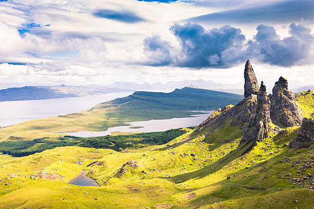View over the Old Man of Storr  isle of skye stock pictures, royalty-free photos & images