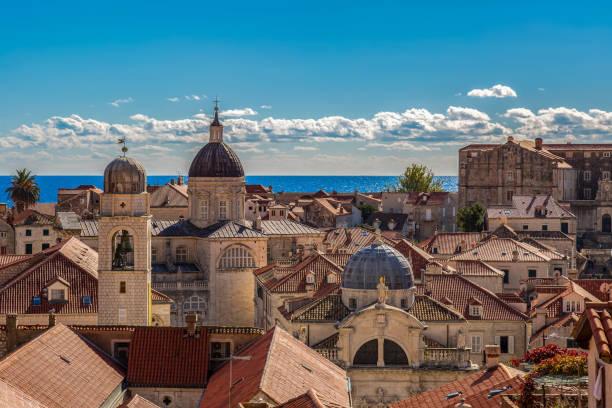Blick über die Altstadt zum Meer – Foto