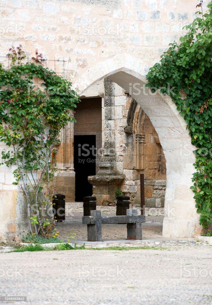 Type d'affichage par Norman Arch, Monpazier, Dordogne, France - Photo