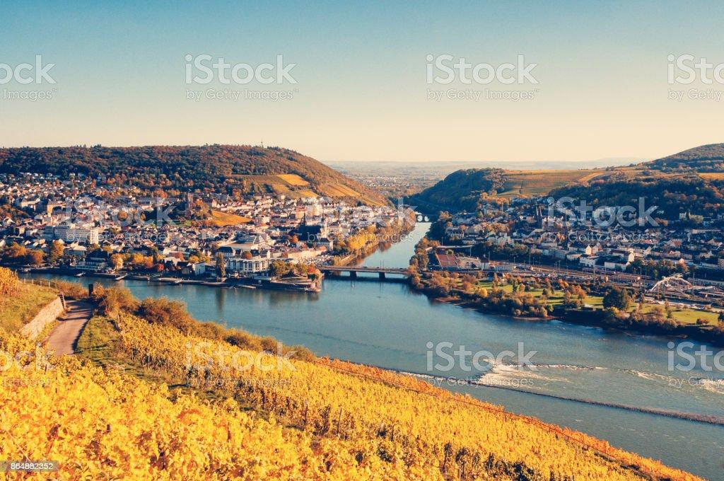 Blick auf Bingen und der Nahe Fluss – Foto