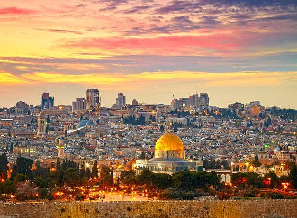 vista para a cidade velha de jerusalém.   israel - israel - fotografias e filmes do acervo