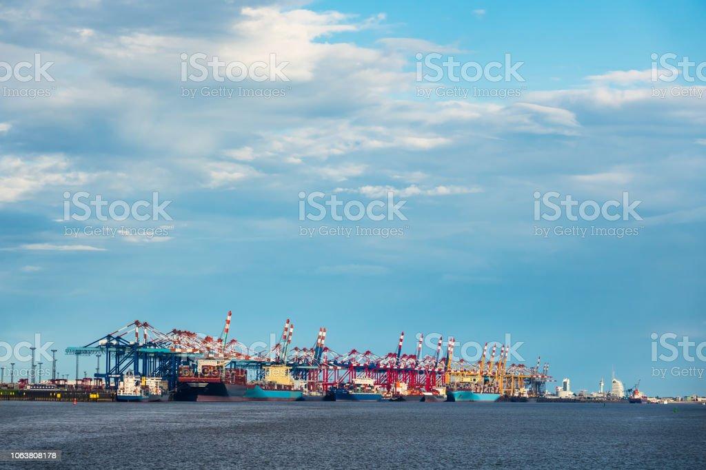 Blick auf den Hafen von Bremerhaven in Deutschland – Foto