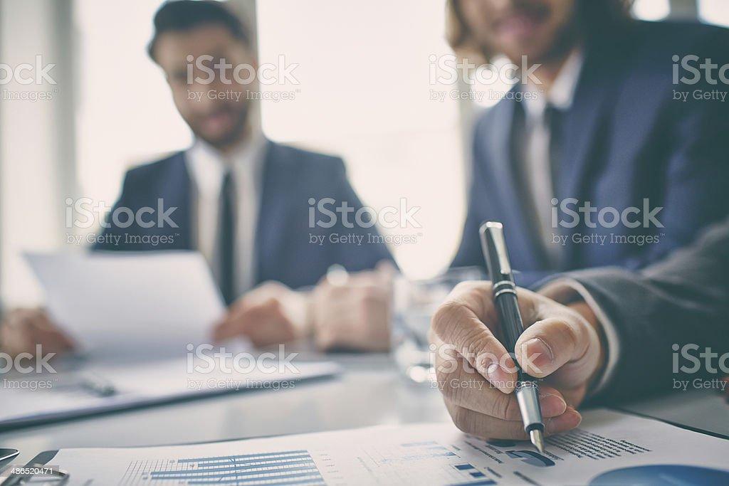 Ansicht Diagramme anzeigen - Lizenzfrei Analysieren Stock-Foto