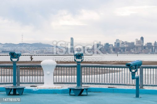 istock viewing the San Francisco Bay 147761570