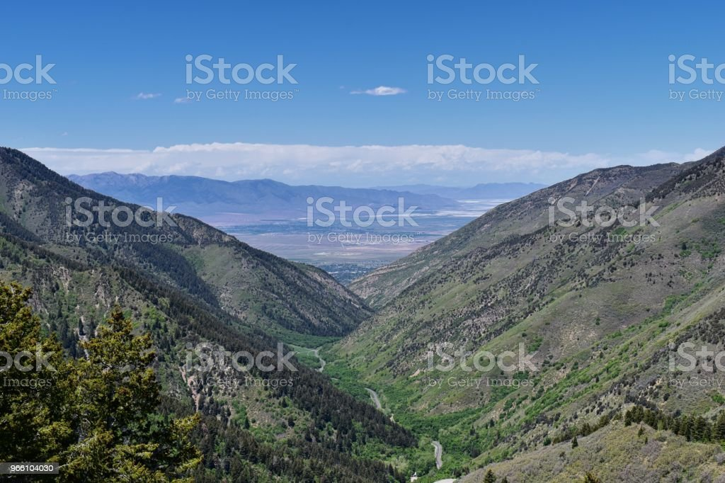 Views of Tooele from the Oquirrh Mountains along the Wasatch Front Rocky Mountains, by Kennecott Rio Tinto Copper mine, Looking into Tooele by the Great Salt Lake in spring. Utah, USA. - Royalty-free Alpine - Utah Foto de stock