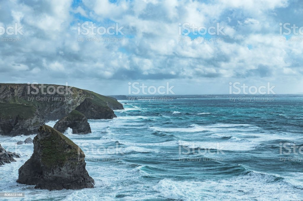 Views over the coastline at Bedruthan Steps, Newquay stock photo