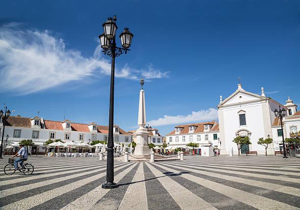 vila real de santo antónio, portugal, - esplanada portugal imagens e fotografias de stock