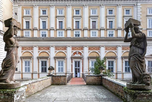 Palacio Farnesio - Banco de fotos e imágenes de stock - iStock