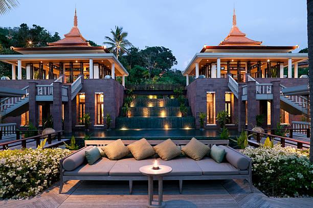 villa-resort in phuket - ferienhaus thailand stock-fotos und bilder