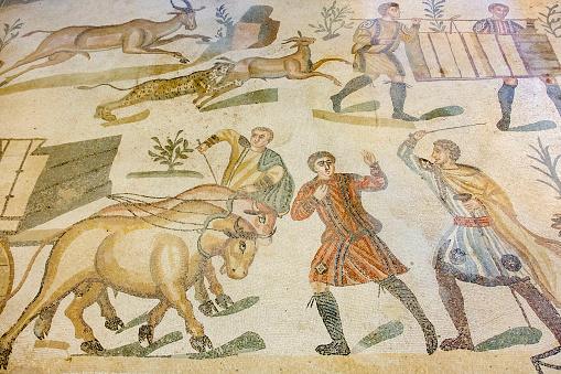 Villa Romana Del Casale Piazza Armerina - Fotografias de stock e mais imagens de Antigo