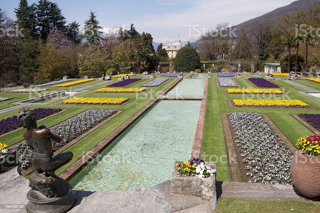 Villa Taranto With Blue Sky Multicoloured Flowers, Verbania - Piemonte royalty-free stock photo