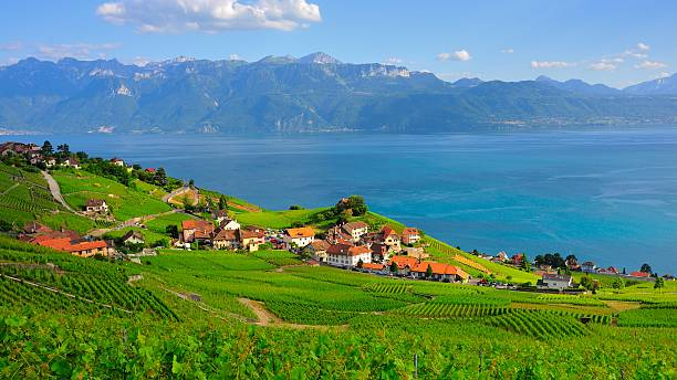 Village am Ufer des Genfer See – Foto