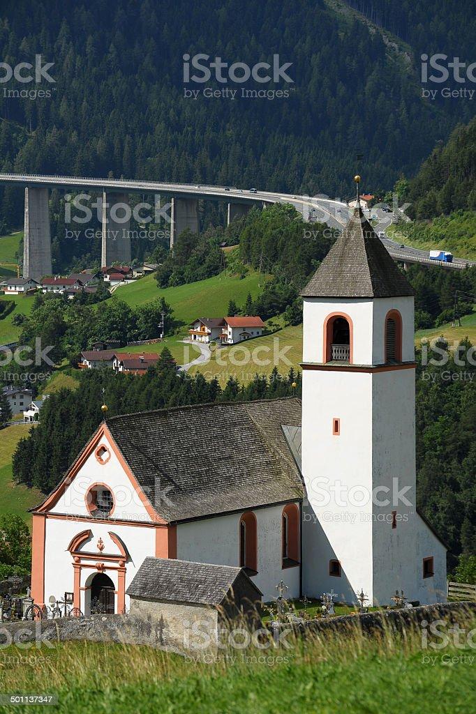Village Kirche Steinach am Brenner in Tirol – Foto