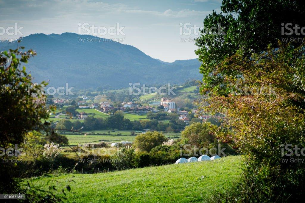Dorf in den Bergen. Kantabrien. Spanien – Foto