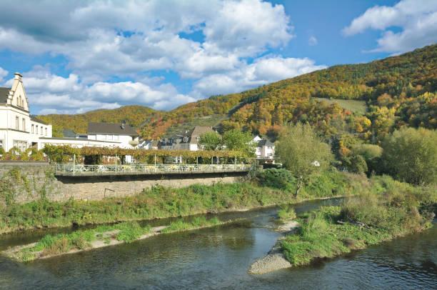 Dorf Rech, Ahrtal, Rheinland-Pfalz, Deutschland – Foto