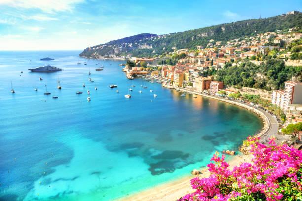 villefranche sur mer, lazurowe wybrzeże, riwiera francuska, francja - francja zdjęcia i obrazy z banku zdjęć