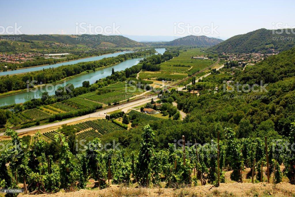 église de monastère vigne vin Vallée du Rhône France - Photo