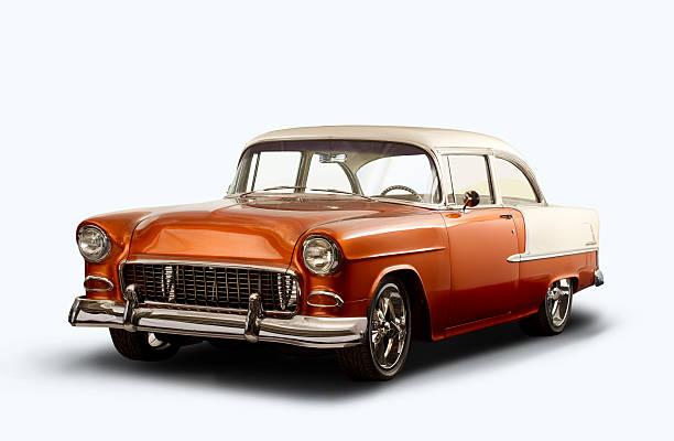 vintage 1955 chevrolet bel air-weißer hintergrund - alten muscle cars stock-fotos und bilder