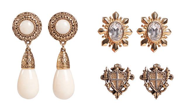 vintage-accessoires - ohrringe stock-fotos und bilder