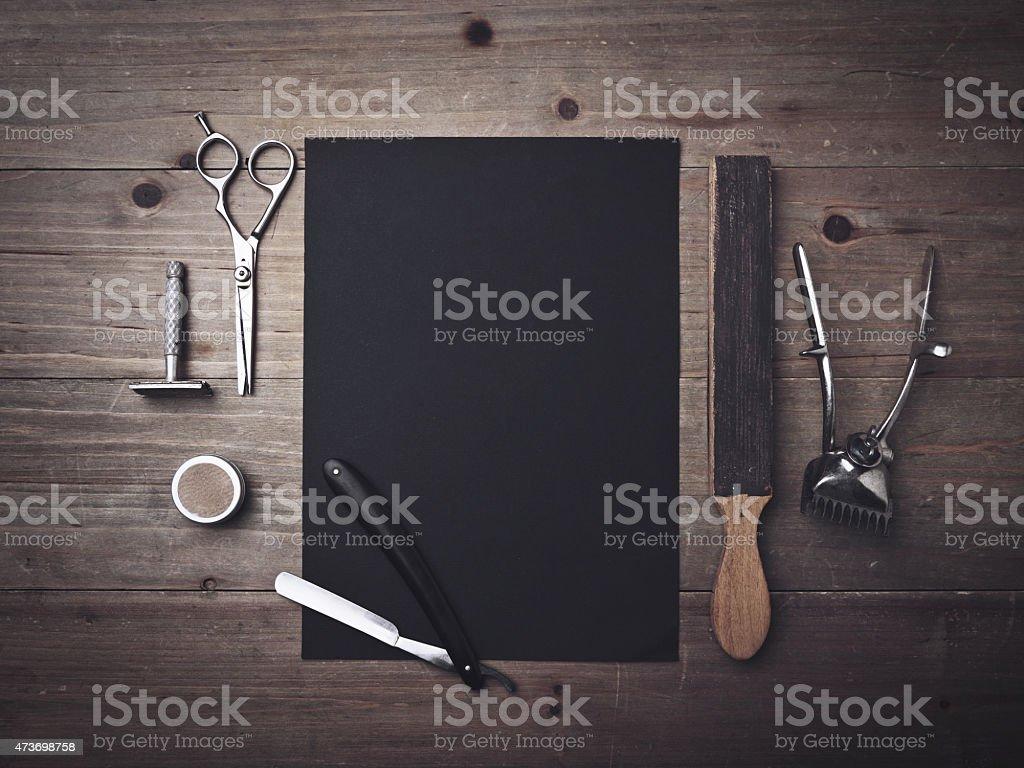 ビンテージバーバーツールとブラックのポスター ストックフォト