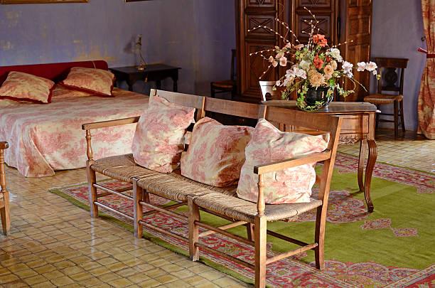 vintage-schlafzimmer - cottage schlafzimmer stock-fotos und bilder