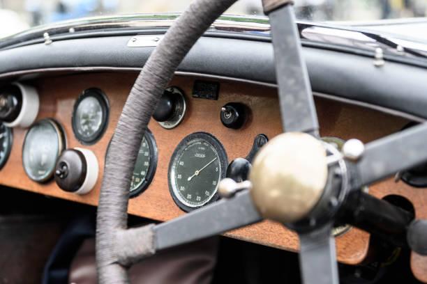 Vintage tableau de bord des voitures Bentley - Photo
