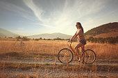 istock Vintage bicycle roadtrip 471918645