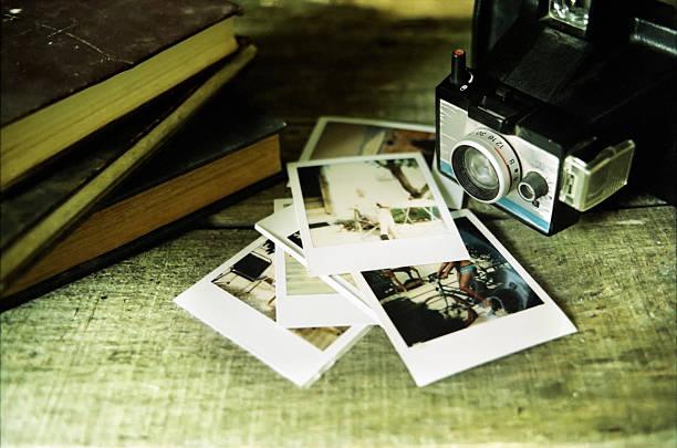 Vintage Kamera und Bilder – Foto