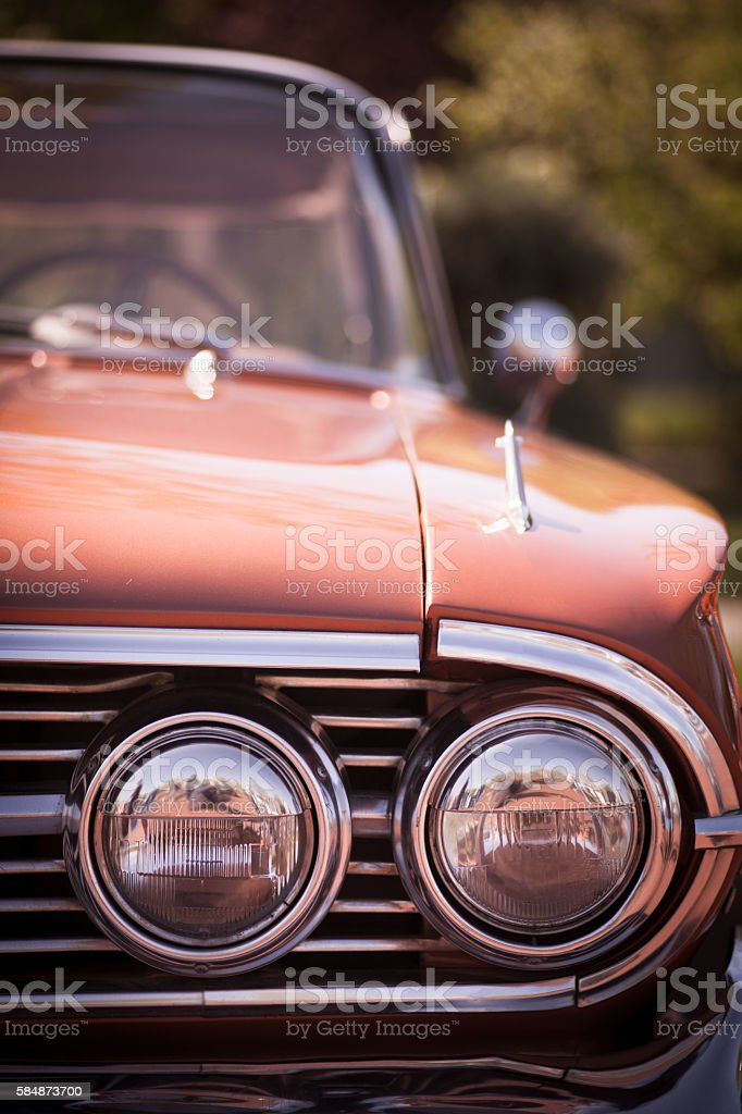 Vintage car headlight​​​ foto