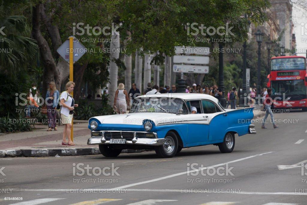 Vintage voiture Taxi dans la rue, la Havane, Cuba photo libre de droits