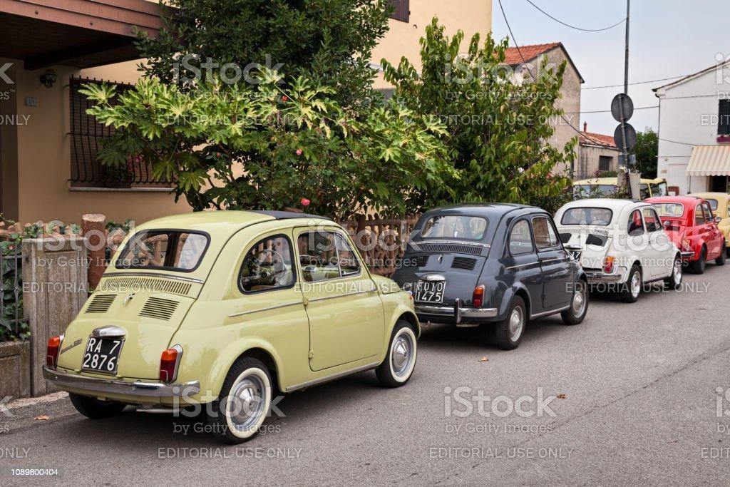 vintage cars Fiat 500