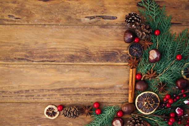 vintage weihnachtsdekoration - backrahmen stock-fotos und bilder